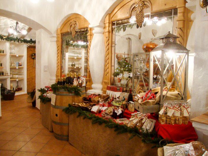 Weihnachtliches Ambiente Brennerei